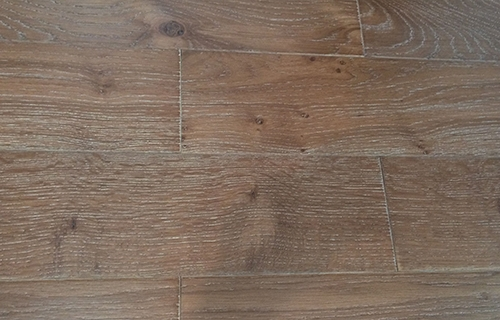Solid Oak Flooring Wire brushed -1