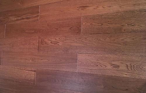橡木复合地板拉丝-1