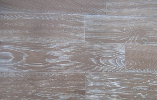 Solid Oak Flooring Wire brushed