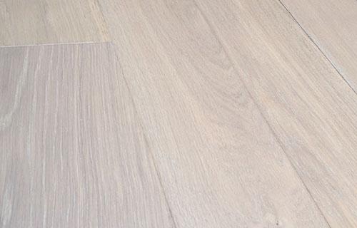 橡木复合地板拉丝-3